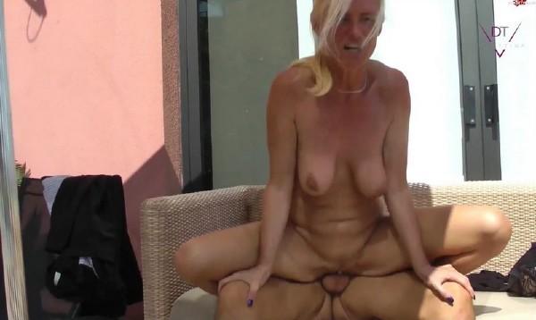 Sexpension