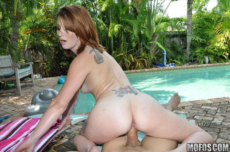 Daisy Owens - Redhead Fucks by the Pool (MofosBSides/Mofos)