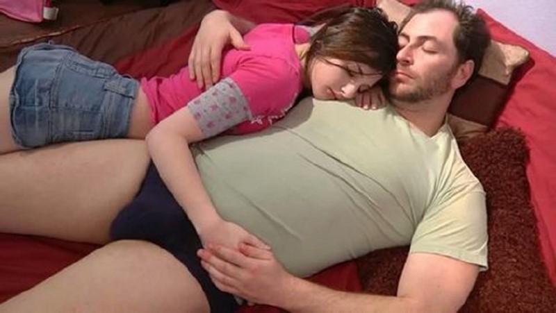 Tegan Mohr - Tegan Fucks Daddy (Incezt.net)
