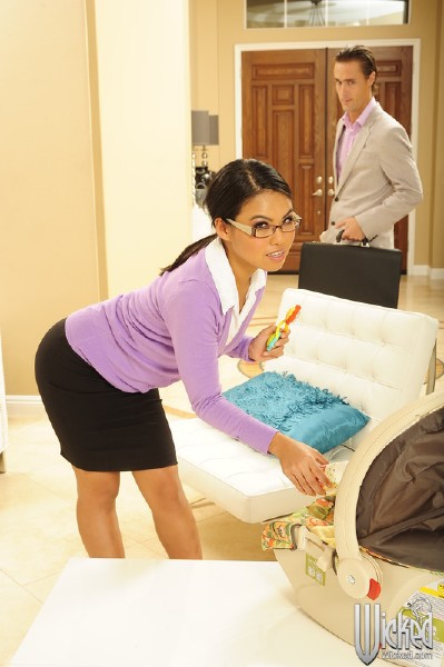 Cindy Starfall - Naughty Nannies, Scene 3 (DigitalPlayground/HD)