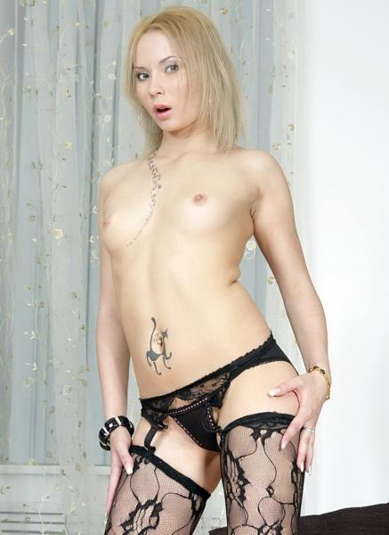 Sofia - Blonde Slut Sofia Assfucked On The Sofa NR331 (2017/LegalPorno/1080p)