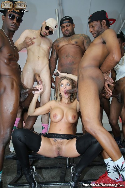 Britney Amber - Interracial Blowbang (2017/InterracialBlowbang/DogFartNetwork/1080p)