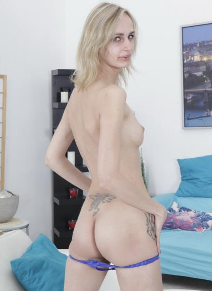 Jenny - Jenny Fucked In Casting NR385