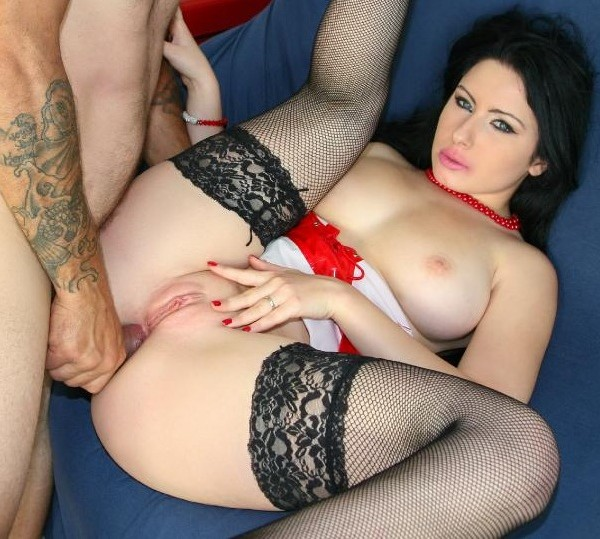 Luna Oara, Omar Galanti - Voluptuous Italian beauty Luna Oara gets ass fucked by Omar Galanti (2017/CastingAllaItaliana/PornDoePremium/HD)