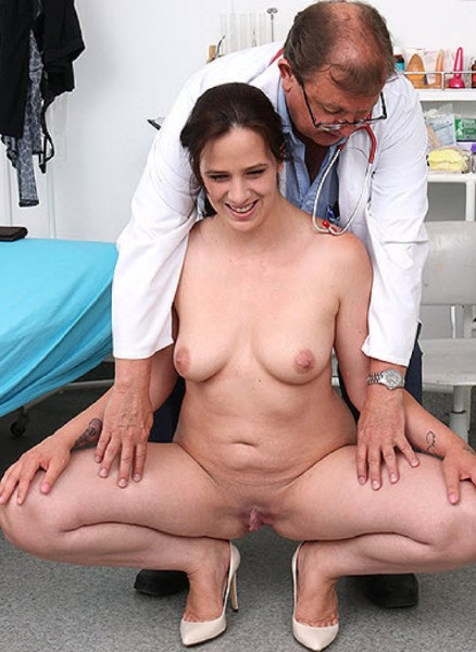 Blowjob pregnant gyno pain porn housewife