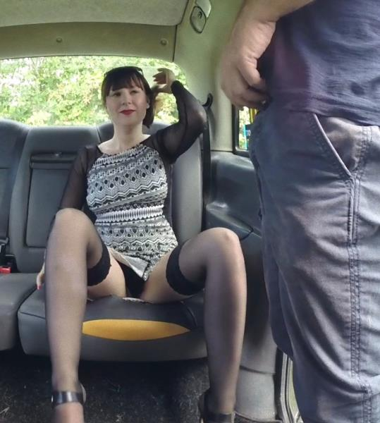 Cherri - Her pussy is her purse (FakeTaxi/FakeHub/2017/SD)