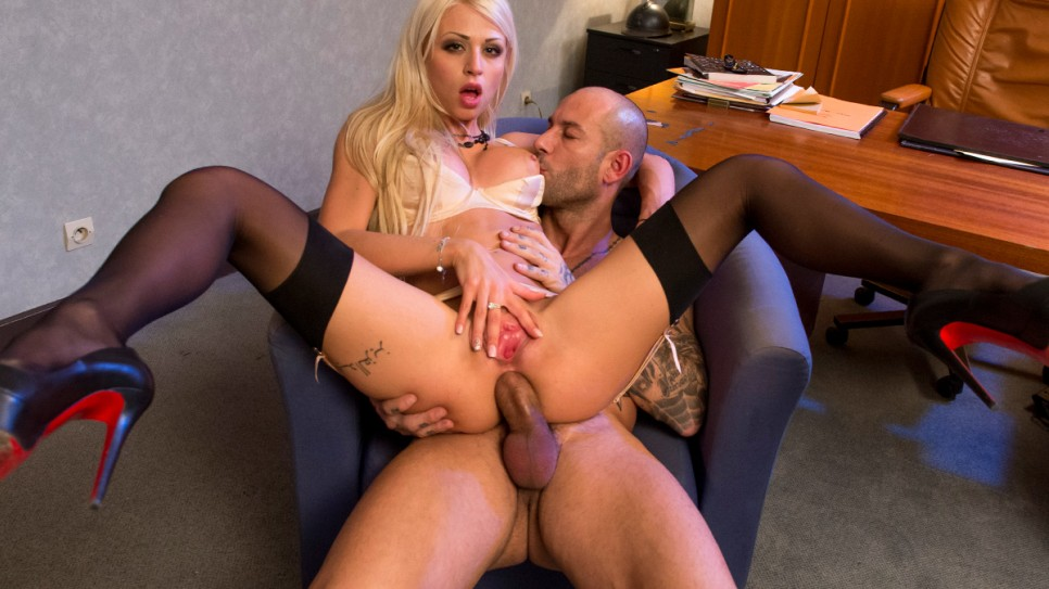 Chloe Lacourt - The Secretary Who Loves Anal Sex (DorcelClub)