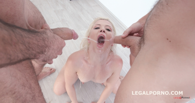 Anna Ray - Soaking wet with Anna Ray DP / ATM / ATOGM / Short DAP / Deepthroat / Squirt In Mouth / Piss Drink / Gapes / Prolapse GIO437 (2017/LegalPorno/SD)