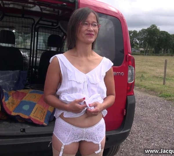 Le Thi - Le Thi, 44ans, agricultrice a Gisors ! (2017/JacquieEtMichelTV.net/HD)