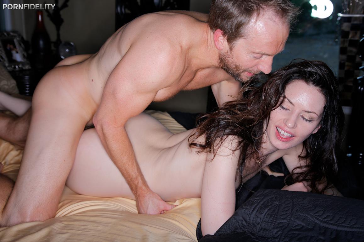 Sarah Shevon - Meet Sarah (PornFidelity)