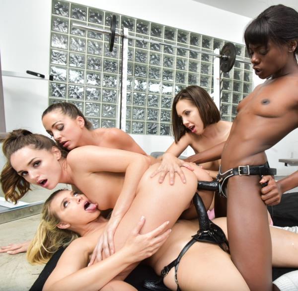 Ana Foxxx, Abigail Mac, Tori Black, Jenna Sativa - Tori Blacks Lesbian Gang Bang (LesbianX/2017/SD)