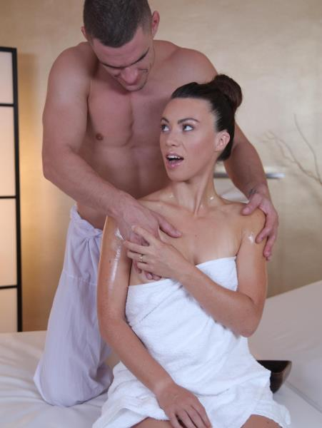 Tiffany Doll - Creampie sex for horny French babe (MassageRooms/SexyHub/2017/1080p)