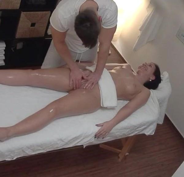 Amateurs - Czech Massage 361 (2017/CzechMassage/Czechav/1080p)