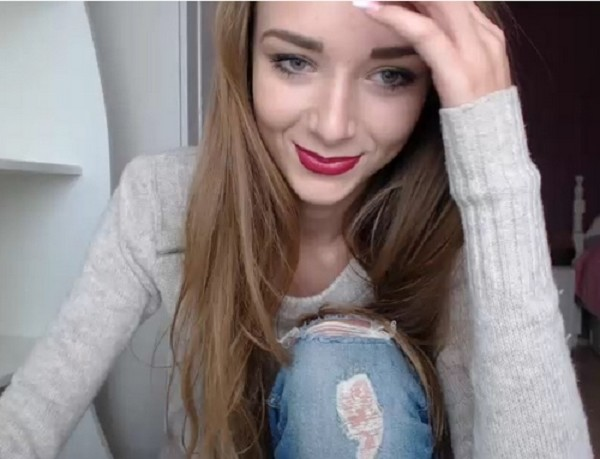 Angie Bel - Teen (2017/Chaturbate/SD)