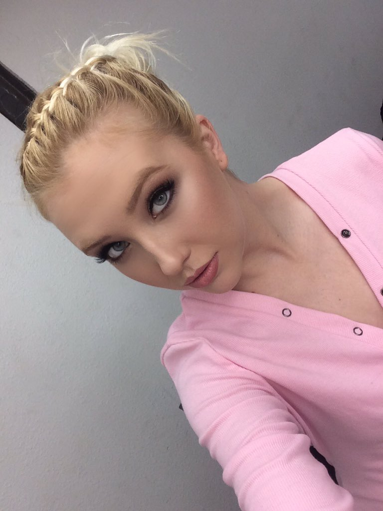 Samantha Rone – Pornstar