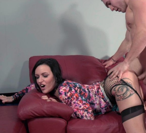 Lux Orchid - This Hurts Mommy More (2016/Clips4Sale/1080p)