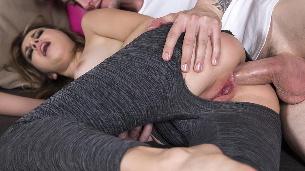 Kinsley Eden - Anal Yoga (BigButtsLikeItBig/Brazzers)