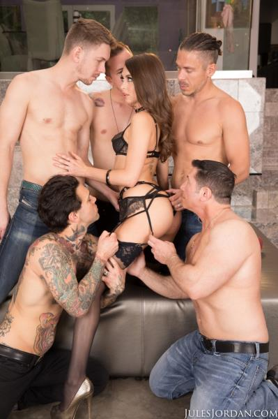 Mick Blue, Riley Reid, Xander Corvus - Riley Reid Gangbang Part 1, Double Penetration, Double Anal! (JulesJordan/2017/SD)