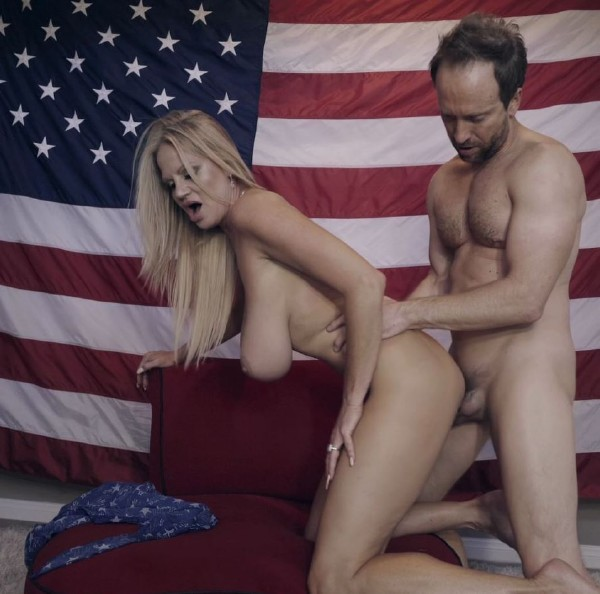 Kelly Madison, Ryan Madison - 4th of July (2017/KellyMadison/1080p)