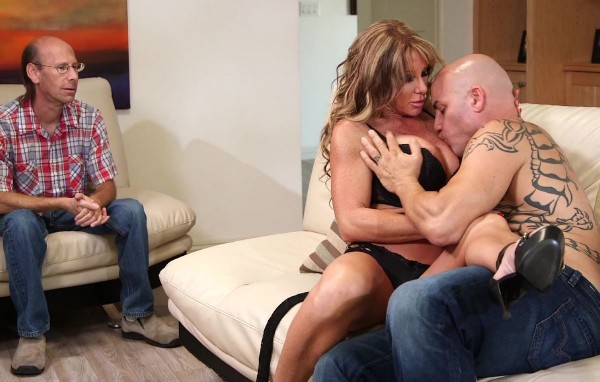 Farrah Dahl - Farrah Dahl Have Sex With Some Other Guy While Her Husband Watch (2016/ThirdMovies/Ztod/1080p)
