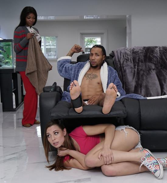 Aidra Fox - Aidras Interracial Fuck (2017/MonstersofCock/BangBros/1080p)