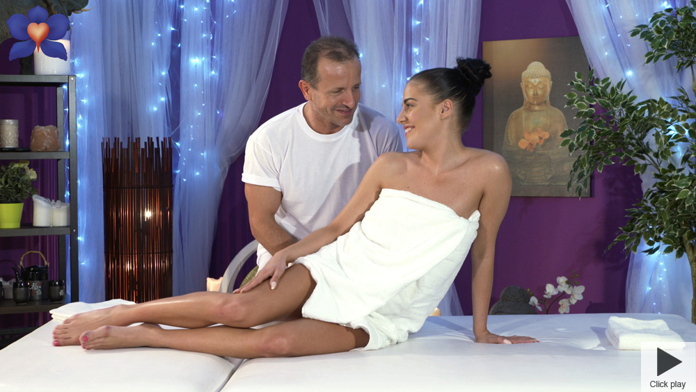 Eveline Dellai - George on Eveline (MassageRooms/SexyHub)