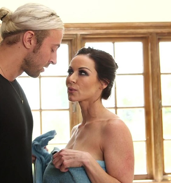 Kendra Lust - Are You Watching Me Take A Shower Again? Is My Daughter Not Taking Care Of You? (ZeroTolerance/Ztod/1080p)