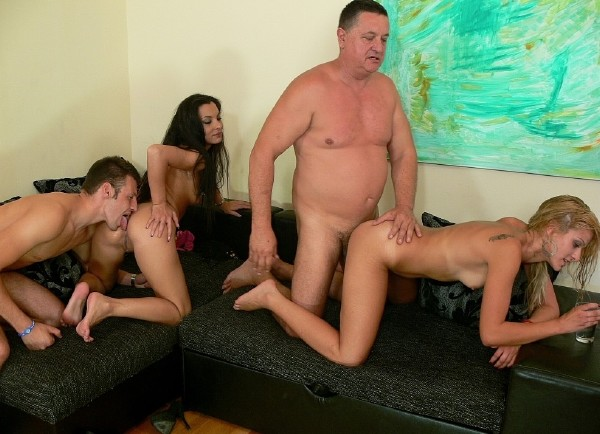 Amateurs - Foursome party (Tuttifrutti.club/HD)