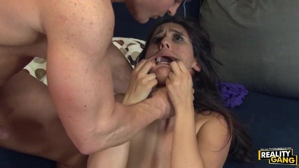 Reena Sky - Reena Sky Gets a Not-So-Friendly Fuck (SexRevenger/RealityGang/HD)