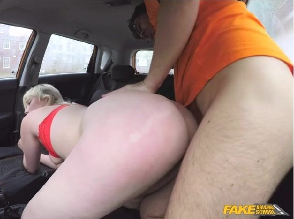 Misha Mayfair - Art Student Squirting Shaven Pussy (2017/Fakedrivingschool/HD)
