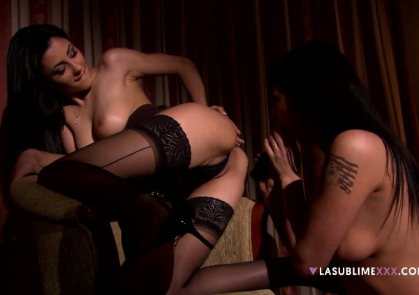 Simony Diamond, Sofia Cucci - Simony Diamond and Sofia Cucci velvet (2017/LaSublimeXXX/1080p)