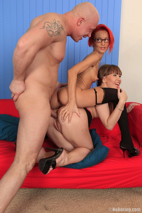 Heddie, Brendina - Ass Licking Threeway (NoBoring)