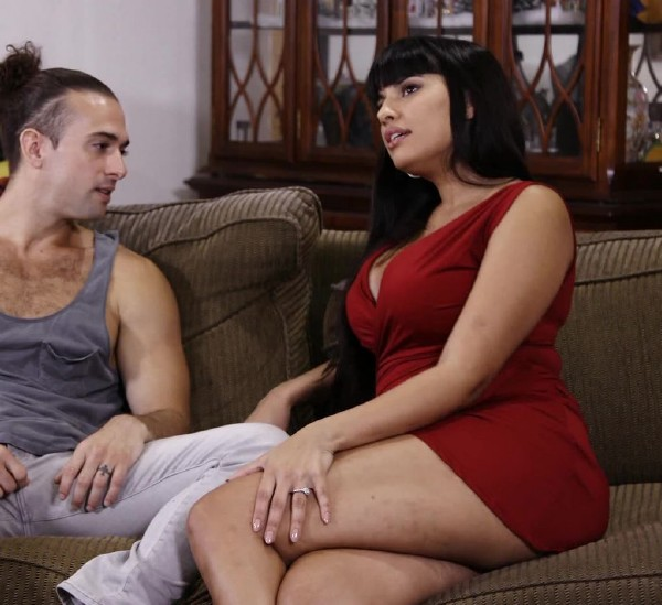Mercedes Carrera - MILF Mercedes Carrera Gets Banged Hard On Sofa (2017/ThirdMovies/Ztod/HD)