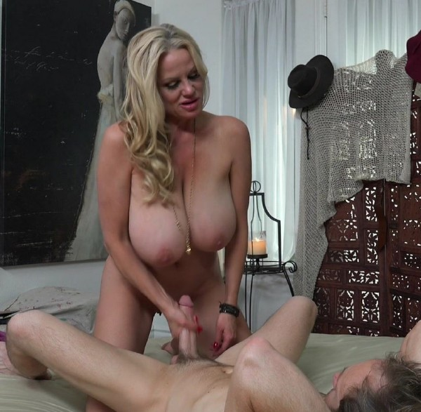 Kelly Madison, Ryan Madison - Posing For The Art Of It (2016/KellyMadison/1080p)