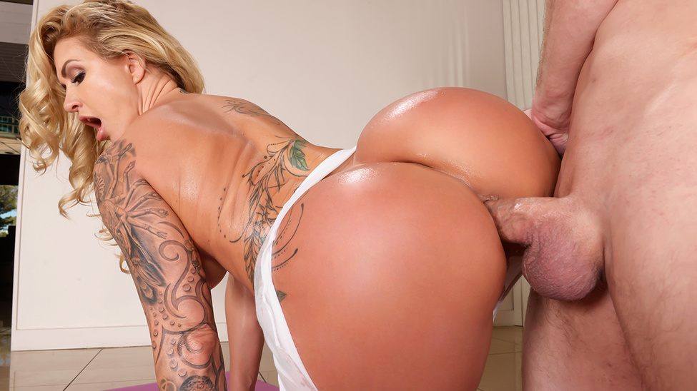 Ryan Conner - Downward Doggystyle (BigWetButts/Brazzers)