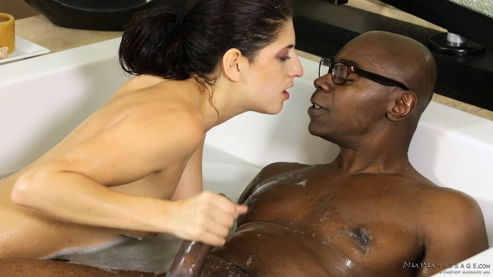 Nikki Knightly - Sean Tries Nuru (NuruMassage/FantasyMassage)