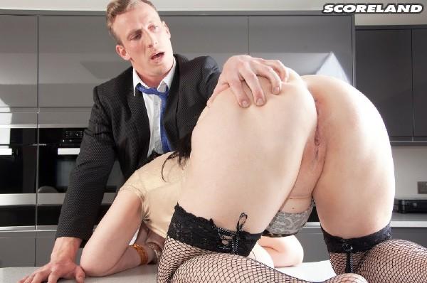 Sabrina-Jade - Big Tit Inspector (2017/Scoreland/PornMegaLoad/HD)