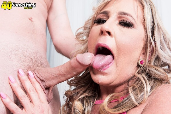 Chanel Kline - 49-year-old Chanel gets hammered by JMac! (2017/40SomethingMag/PornMegaLoad/HD)