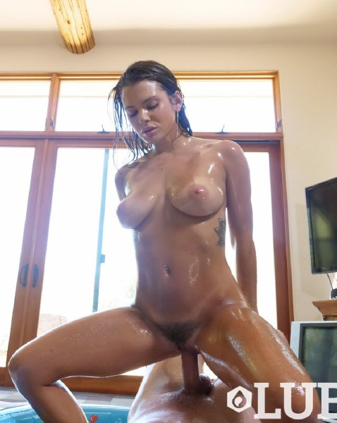 Keisha Grey - Oiled All Over (2017/Lubed/1080p)