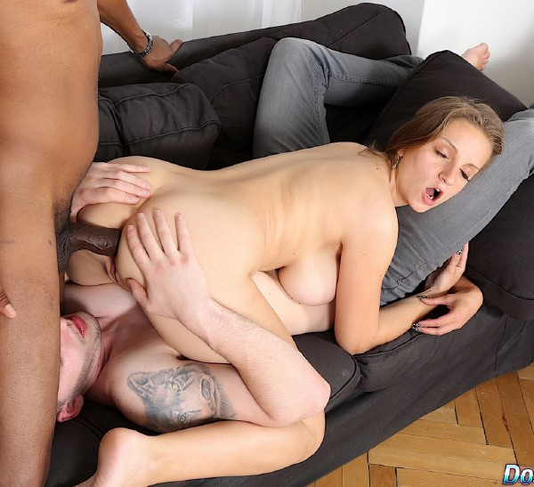 Suzie Sun - Huge Tit Wife Fucks Big Black Dick (2017/DoTheWife/HD)
