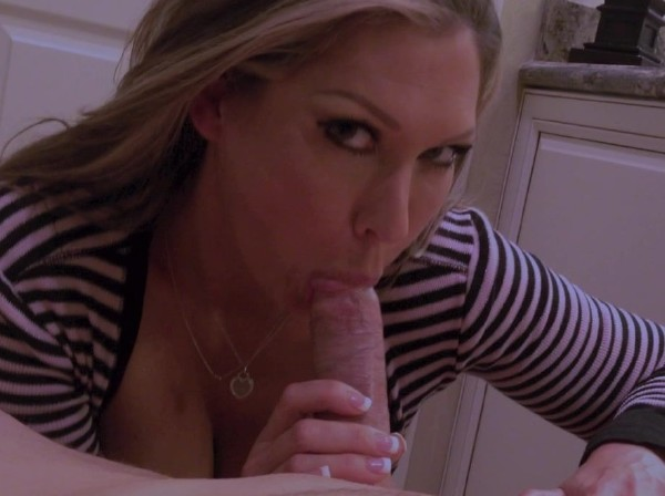 Jessica Loves Sex - 1ST Edging BJ (2017/ManyVids/HD)