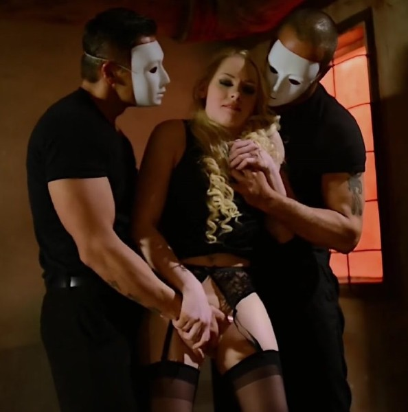 Jacquie et Michel Elite - Lola, first victim of the masks gang (2017/PornHubPremium/1080p)