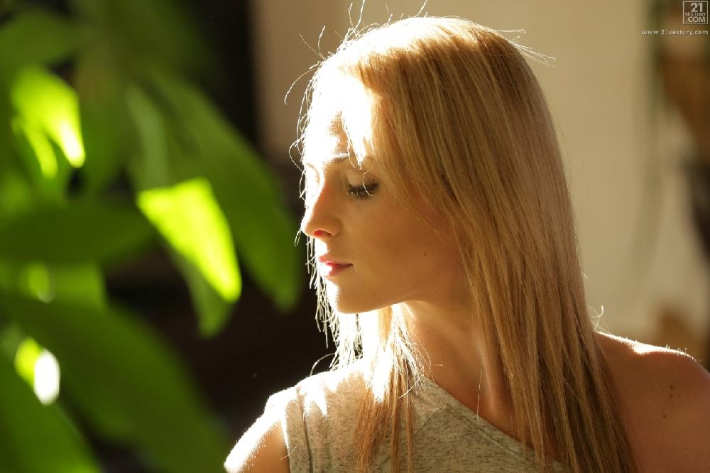 Vinna Reed - The Taste of Her Fruit (21Naturals com/21Sextury com)