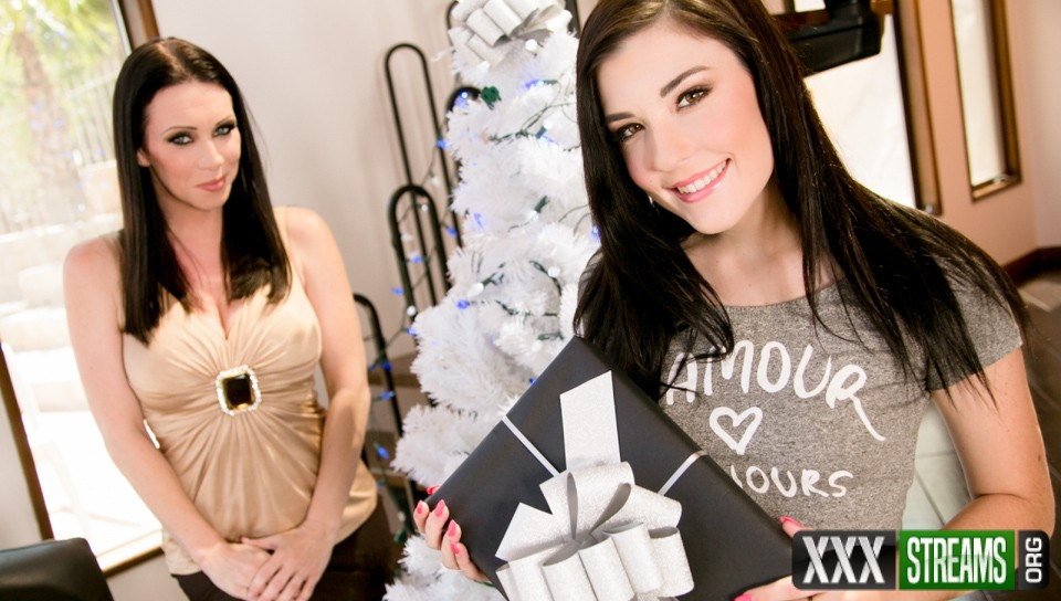 RayVeness, Jenna Reid - My Christmas Wish Part One (MommysGirl/GirlsWay)