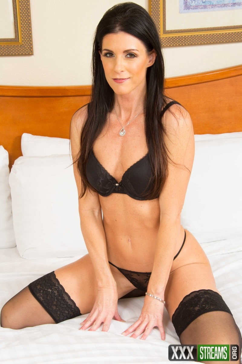 India Summer - Suck and Fuck for Free Rent
