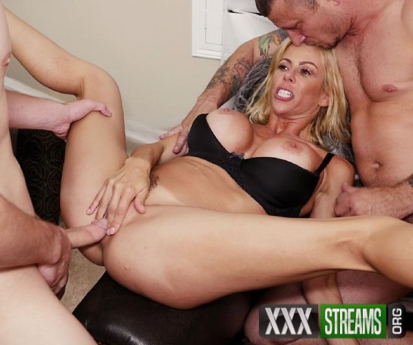 Alexis Fawx - Alexis Fawx Fucks Her Stepson And His Buddy On Halloween Night (2017/BangConfessions/Bang/SD)