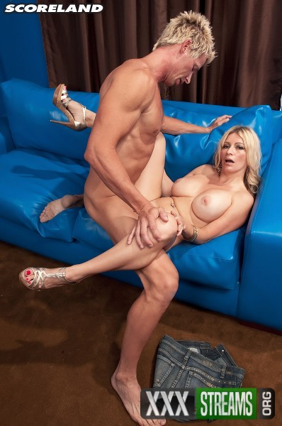 Ingrid Swenson - How Busty Blondes Get More Cum (2017/Scoreland/PornMegaLoad/1080p)