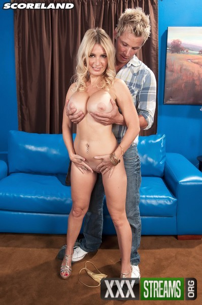 Ingrid Swenson - How Busty Blondes Get More Cum (2017/Scoreland/PornMegaLoad/SD)