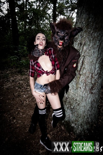 Khadisha Latina - Halloween BDSM story in the forest with German teen Khadisha Latina PT 1 (2017/BadTimeStories/PornDoePremium/SD)