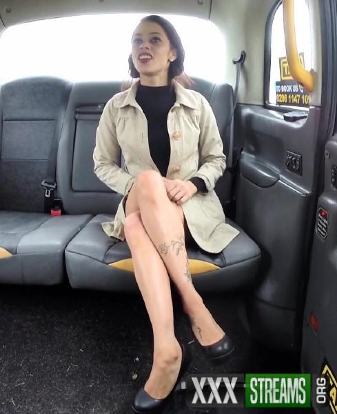 Myla Elyse - Lady tries deepthroating big cock (2017/FakeTaxi/1080p)